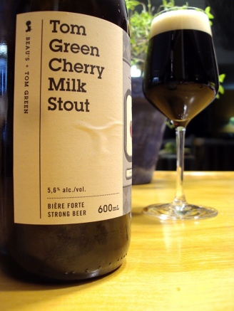 tom green cherry milk stout - beau's - side - craftbeerquebec.ca